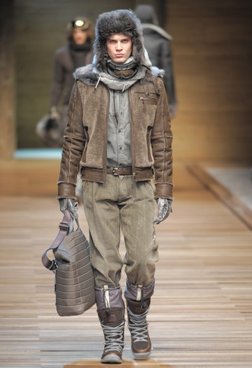 William Eustace3026_FW10_Milan_D&G(WWD)