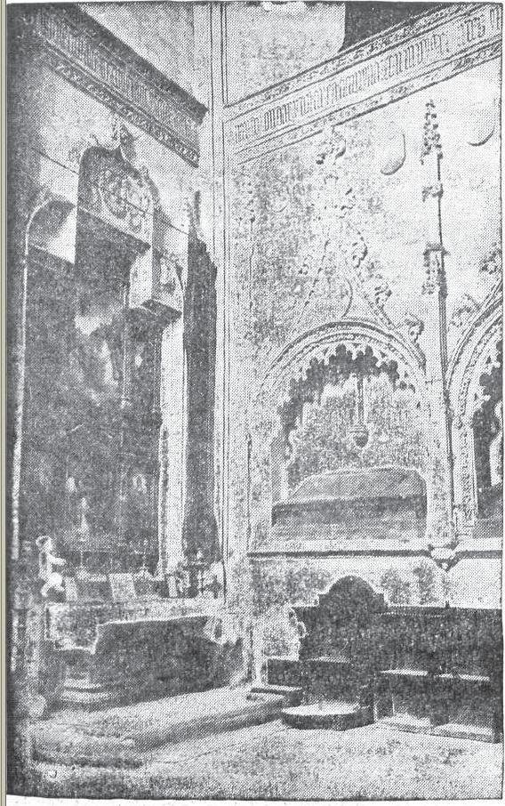 Revista Siglo Futuro. Sepulcros de Alonso Cáceres y Mariana de Rojas en la Iglesia de San Andrés en 1935