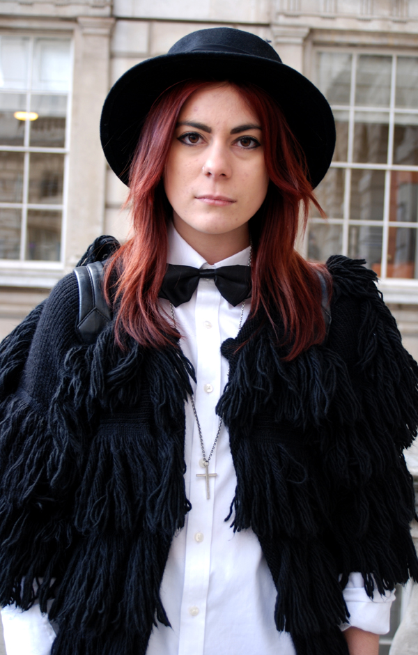 bow_tie_hat2_london_fashion_week