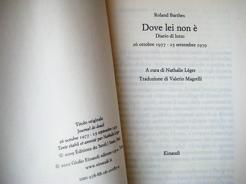 Roland Barthes, Dove lei non è, Einaudi 2010; frontespizio (part.), 1