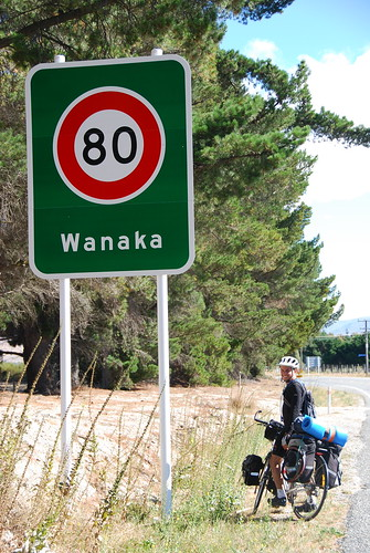 ben with wanaka sign