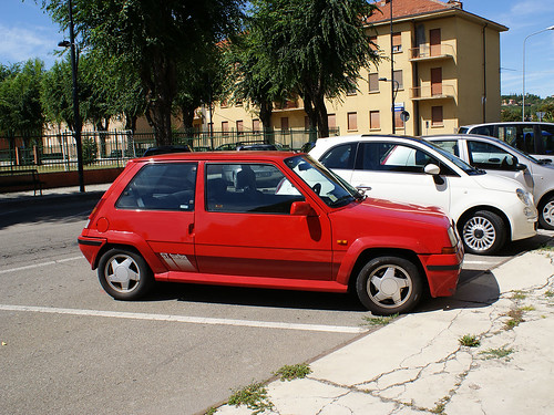 renault 5 gt turbo red. Renault 5 GT Turbo