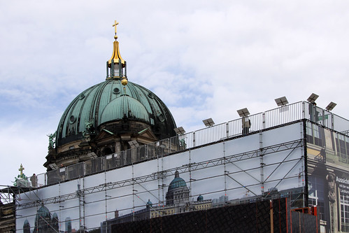 Schloss vorm Dom
