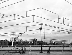 Design Museum - from inside (Daniela Schneider) Tags: london window glass vidro lumix drawing southbank panasonic transparency londres janela desenho designmuseum transparência croquis danielaschneider tz6