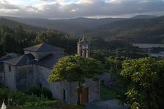 Iglesia del Ladrido (solosacofotos) Tags: españa mar iglesia galicia viajes rias atlantico ortigueira ortegal ladrido solosacofotos