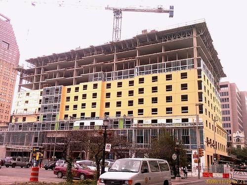 San Antonio Embassy Suites Riverwalk 164 Ft 16