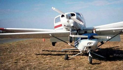 4193704525 1fa1db7d87 o Foto Berbagai Macam Kecelakaan Pesawat