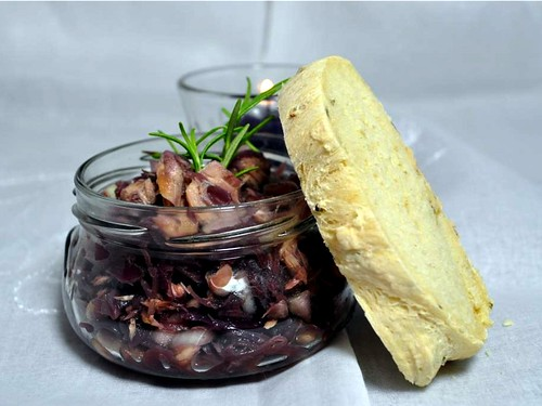 Red Cabbage Salad with White Beans and Tuna, Rosemary-Onion Bread