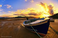 Varada (Rawlways) Tags: sunset marina atardecer boat nikon barca fisheye villa villaviciosa ria lancha d300
