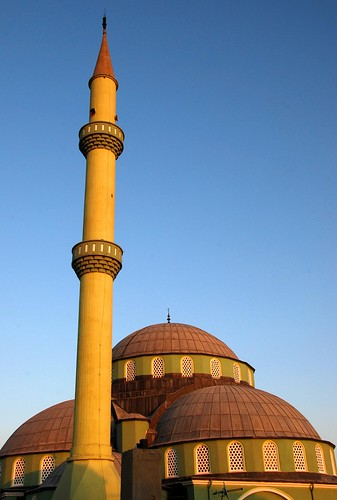 the green mosque grows yellow, van