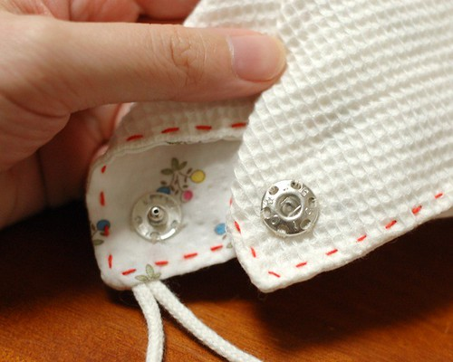 How to make a square bib 8