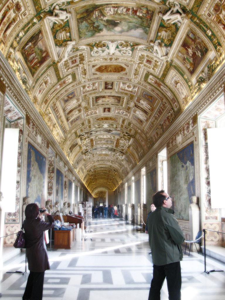 vaticanhallway