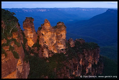 The Three Sisters, Echo Point, Katoomba, Blue Mountains, NSW, Australia (ILYA GENKIN / GENKIN.ORG) Tags: park morning travel blue sunset cliff mountain tourism night forest sunrise landscape outside dawn evening twilight scenery outdoor dusk hiking australian scenic australia icon bluemountains tourist lookout formation national valley nsw threesisters newsouthwales eucalyptus sight viewpoint touristattraction katoomba attraction oceania echopoint
