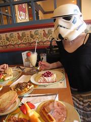 redandjonny: all day breakfast (RedandJonny) Tags: food breakfast starwars eating toast sausage fork ham stormtrooper smoothie crepes homefries alldaybreakfast redandjonny stormtroopersinlove