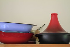 Tagine and scales (!.Keesssss.!) Tags: netherlands horizontal closeup photography nopeople bowl indoors simplicity variation gettyimages tajine kitchenutensil royaltyfree colorimage weightscale theflickrcollection keessmans 217ksgetty