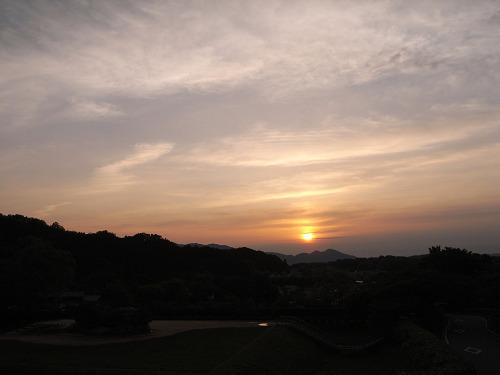 飛鳥の夕日(石舞台古墳)-02
