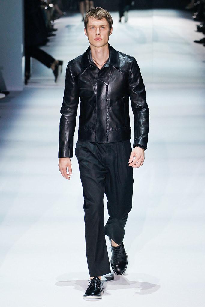 SS12 Milan Gucci031_John S.@Place Models(VOGUEcom)