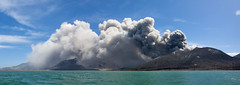 Tavurvur , Rabaul (very active!) volcano - Papua New Guinea (Eric Lafforgue) Tags: pictures panorama cloud volcano photo smoke picture culture tribal panoramic ashes papou tribes png tradition tribe nuage papuanewguinea ethnic tribo volcan papu ethnology tribu cendres  ethnologie papuaneuguinea papuanuovaguinea  ethnie papouasienouvelleguine papuaniugini papoeanieuwguinea papusianovaguin papuanyaguinea   papanuevaguinea    paapuauusguinea  papuanovaguin papuanovguinea  png1487 png1492 png1489  papuanowagwinea papuanugini papuanyguinea