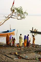 Varnasi 2009 (211) (zelinezeline) Tags: india varanasi chhath