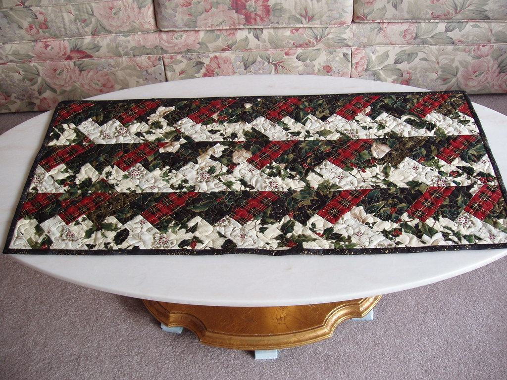 Christmas Braid Table  Runner