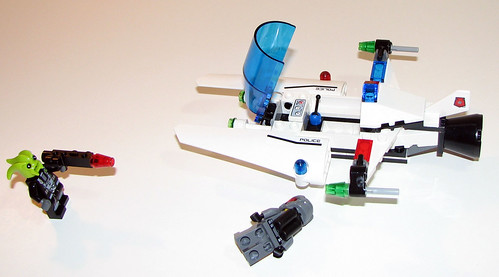 LEGO Space Police 5981 - Raid VPR - Completed - 3