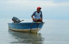 malaysia: borneo.sarawak (maddau) Tags: water river boat nationalpark barca sarawak malaysia borneo malesia kuching bako nikond60 earthasia