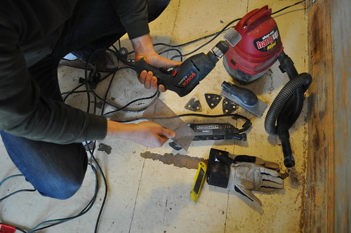 Tools for Sanding Wood Paneling
