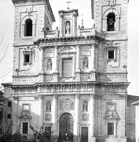 Iglesia de San Ildefonso de Toledo a finales del siglo XIX. Fotografía de Alexander Lamont Henderson