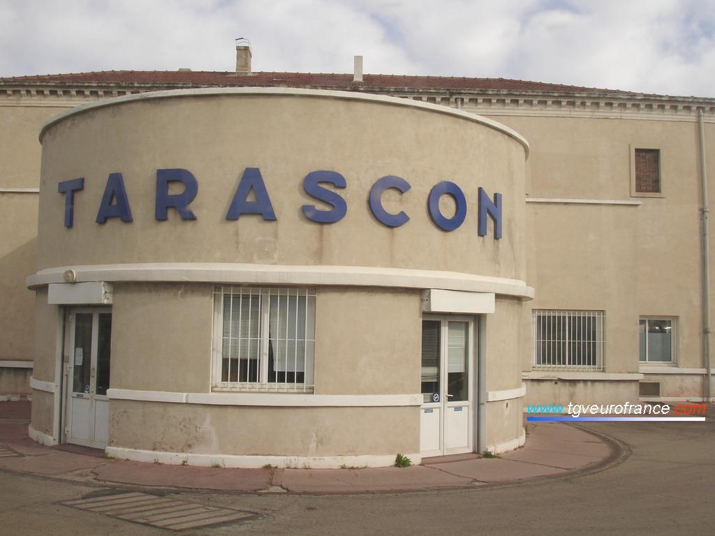 Vue détaillée de la gare de Tarascon