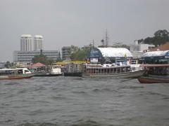 Chao Phraya River, Bangkok, Thailand 2010 (jano deb) Tags: thailand bangkok chaophrayariver