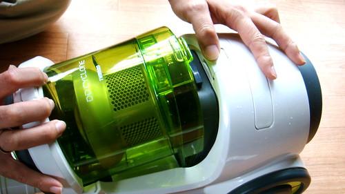 ツインバードのサイクロン掃除機