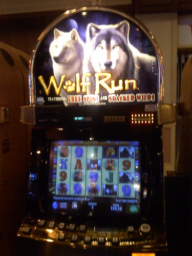 free online slot machines wolf run king of cards
