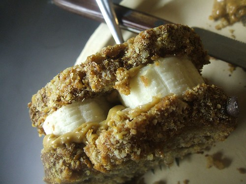 peanut butter and banana on chocolate chip banana bread sammich