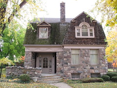 704 Seyburn, Detroit (southofbloor) Tags: city house dutch architecture detroit motor mansion gable motown gambrel
