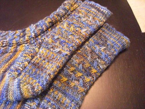 mad colorweave socks for jody - leg stitch closeup
