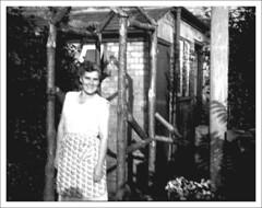 1957: Phyllis Knott