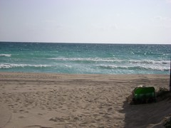 Sunny Isles Beach '09, Florida - www.meEncantaViajar.com (javierdoren) Tags: sea summer vacation usa mer holiday color praia beach america relax see mar us amrica holidays mare estate unitedstates florida miami sommer unitedstatesofamerica playa zee zomer verano northamerica vero states relaxation t amerika plage atlanticocean spiaggia stranden vacanze sommar southflorida estadosunidos eeuu dade amrique ocanoatlntico tumbona estadosunidosdeamrica strnde tatsunis sunnyisles strandje southernflorida sunnyislesbeach dadecounty vacacin amricadelnorte halouver ammerica condadodedade miami2009 lestatsunis surdeflorida sunnyisles09 halouver09