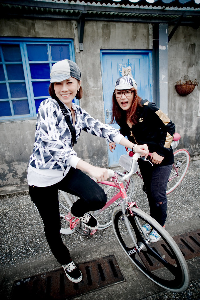 4319535986 b350dc53f9 b Shout out to Fixed Gear Girl Taiwan