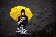 [フリー画像] [人物写真] [女性ポートレイト] [白人女性] [傘/アンブレラ] [帽子]      [フリー素材]