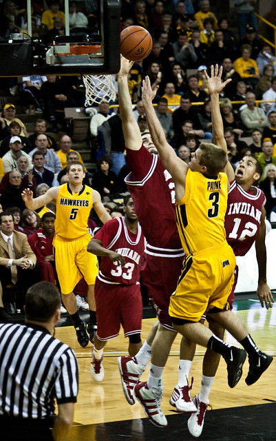 Iowa's Payne goes for the shot by gcfairch, on Flickr, available under a Creative Commons license