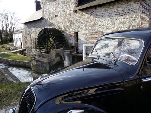 Exposition de vieilles voitures