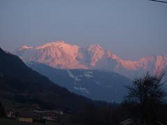 Sunset over le Mont Blanc (Stefho74) Tags: france montagne savoie montblanc hautesavoie rhonealpes stefho74