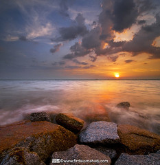 Nature Wonders (Firdaus Mahadi) Tags: longexposure light sunset sea sky sun reflection water landscape evening scenery rocks malaysia batu melaka pemandangan longexposures petang tanjungbidara masjidtanah vertorama manfrotto055xprob selatmelaka tokina1116mmf28 straitsofmelaka firdausmahadi firdaus