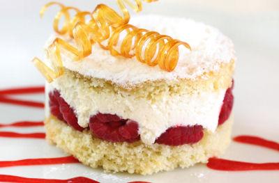Raspberry cream cake 8196 R