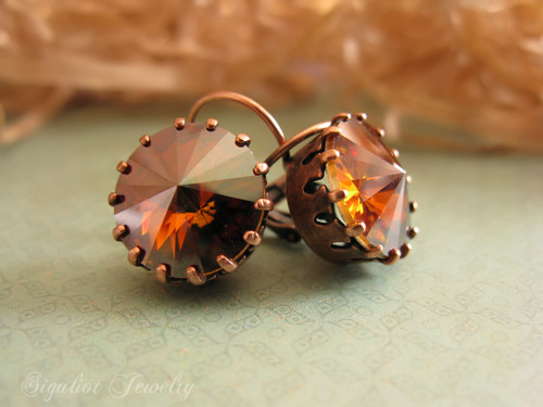 Crystal copper Rivolis in a Copper Crown Earrings