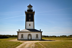 Phare de Pen Men (sylvain_beauchamps) Tags: lighthouse france french nikon bretagne phare watchtower bzh lorient d90 iledegroix penmen nikond90