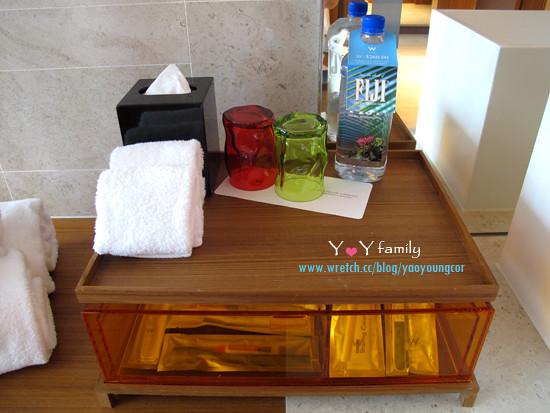 IMG_8077 w-hotel room