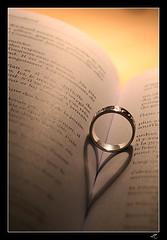A story about love (CalamityLily) Tags: light shadow book photo heart roman lumière coeur ombre ring novel celtic weddingring livre alliance anneau bague celtique entrelas