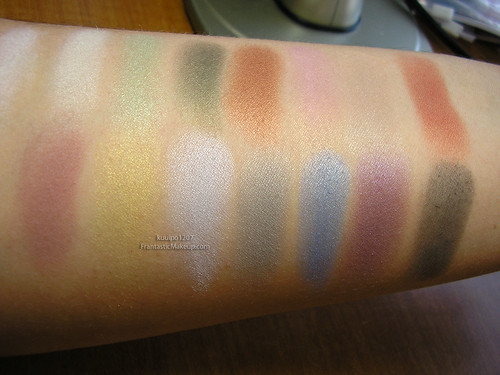 Kryolan Professional Eye Shadow Set - Palette TN 3 Swatches