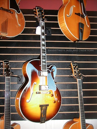 Golden Age Fretted Instruments 06
